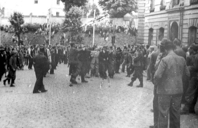 Lviv, Ukraine, Jews arrested during a pogrom, 1941 ... Pictures Of Pogroms In Poland