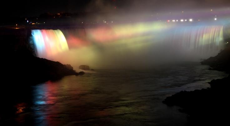 Niagara Falls at night 2012