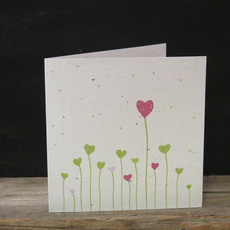 Carte à planter respectueuse de l'environnement et fabriquée à la main avec du papier 100% réutilisé par Okku Design. En plus d'offrir une jolie carte, vous offrez une plante! Dans chacune d'entre elles, des graines de fleurs sauvages se développent lorsque la carte est plantée. Offrez une carte qui sèmera le bonheur! La carte vient...  Lire la suite »