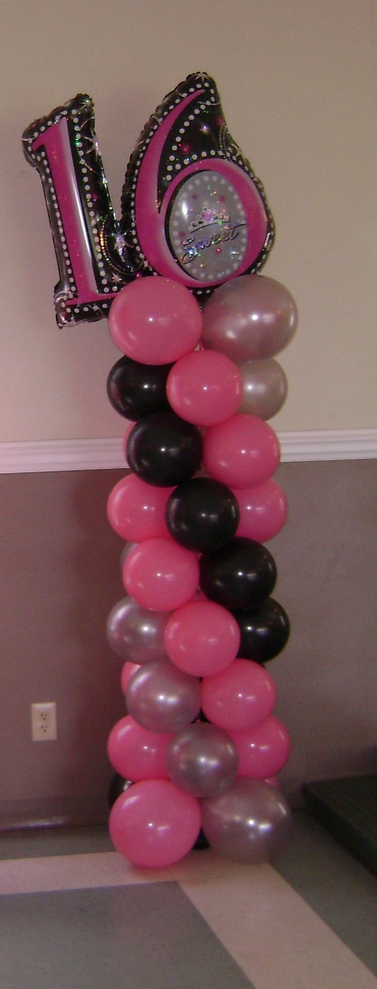Sweet 16 balloon column sweet16 balloon column sweet for Balloon decoration ideas for sweet 16