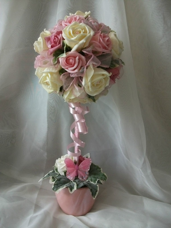 Table centrepiece - diff colors