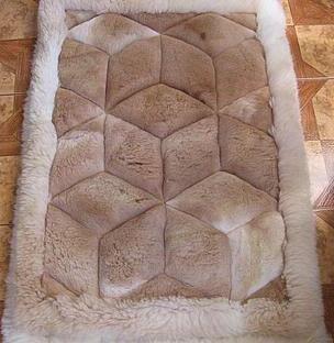 Alpaca Fur Rugs   Alpaca Fur Mat, Beige Colored With A Rhombus Design  (Powered By CubeCart)