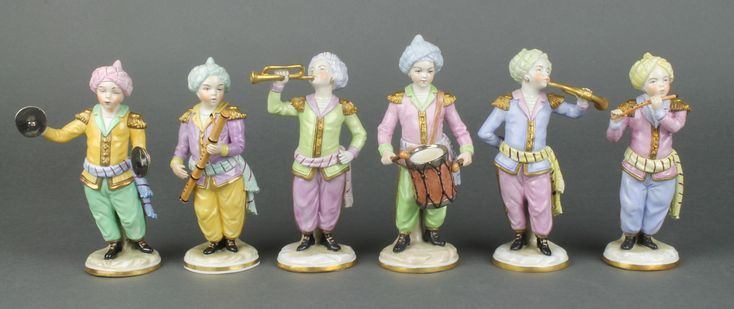 """Lot 12, A set of 6 20th Century Sitzendorf Turkish musicians wearing turbans on gilt bases 6"""", sold for £160"""