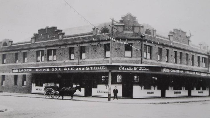 Kent Hotel in Hamilton,New South Wales in 1924.