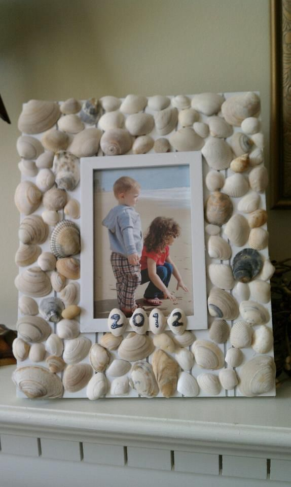 Seashell Picture Frame - What to do with all those shells you collect from the beach! Great kids project :)