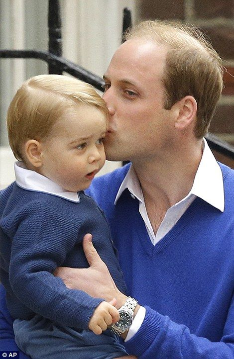 William planted a kiss on Prince George's head as he visits his Mummy and new baby sister :)