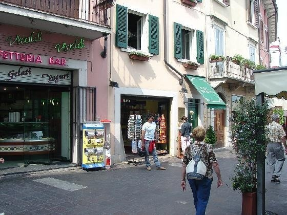 DZ, Italy. Vivaldi Cafe. Best gelato ever.