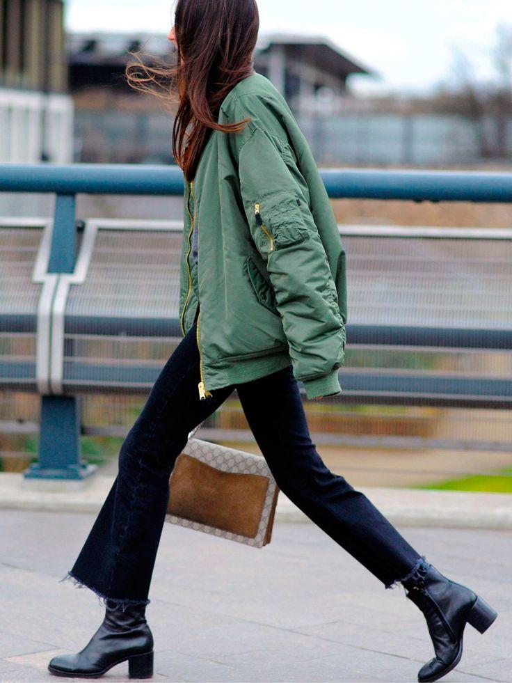 De New York à Londres, le bomber est sur toutes les épaules des filles qui font la mode. Cette pièce fétiche des footeux s'offre un grand retour et devient l'atout cool des filles stylées....