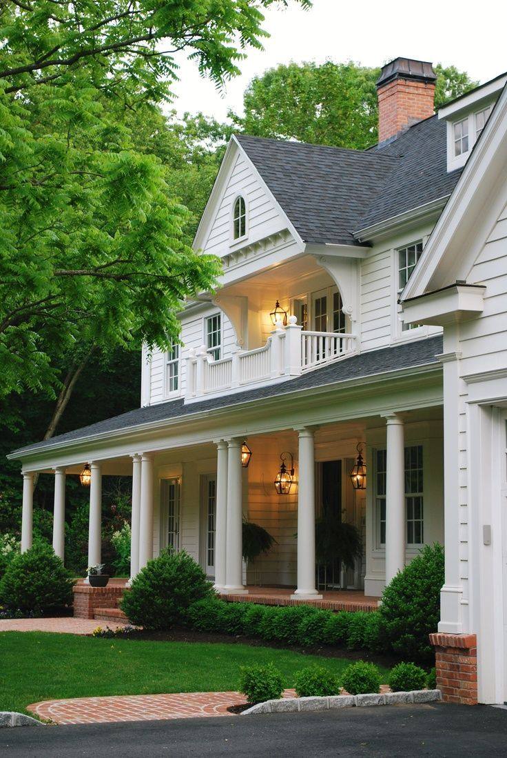 Beautiful porch on classic white house beautiful homes for Colonial porch columns