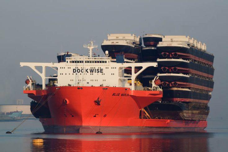 barco gigante que otros barcos barcos aguja azul (2)