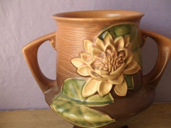 vintage 1940's Roseville pottery water lily trophy vase, antique pottery, brown pottery vase, antique vase, 2 handles Pittsburgh