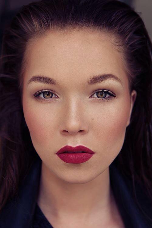 photo: © Stanislava H. Hricova Beauty editorial, make up, hair, model