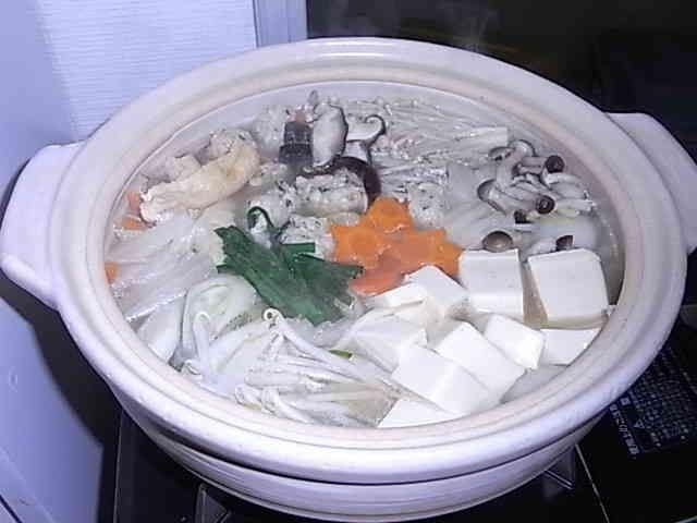 鶏団子が美味しい塩ちゃんこ鍋の画像