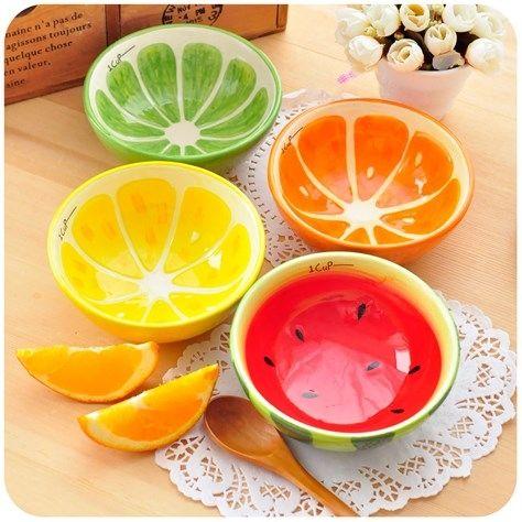 Приятные детали порой поднимают настроение даже больше, чем какие-либо грандиозные события! Если для вас счастье – в мелочах, обратите внимание на эти фруктовые пиалы. Есть из половинки лимона, арбуза, лайма или апельсина понравится и детям, и взрослым. Добавьте красок на вашу кухню!