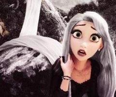 Don't know 'bout you guys but this is my favorite rapunzel punk edit,it's perfect. ❤