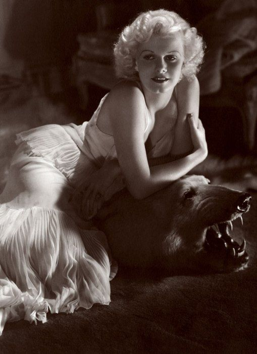Photos: From Grace Kelly to Audrey Hepburn, the All-Time Icons of Style | Vanity Fair  JEAN HARLOW Photographed by George Hurrell, Vanity Fair, January 1935.