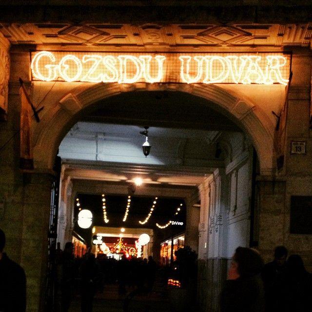 Gozsdu Udvar in Budapest, Budapest