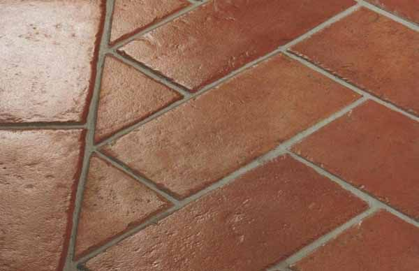 Guida per sapere come pulire il pavimento in cotto, o ceramica: piastrelle in ceramica e mattoni in cotto, cura e pulizia, metodi per rimuovere le macchie.