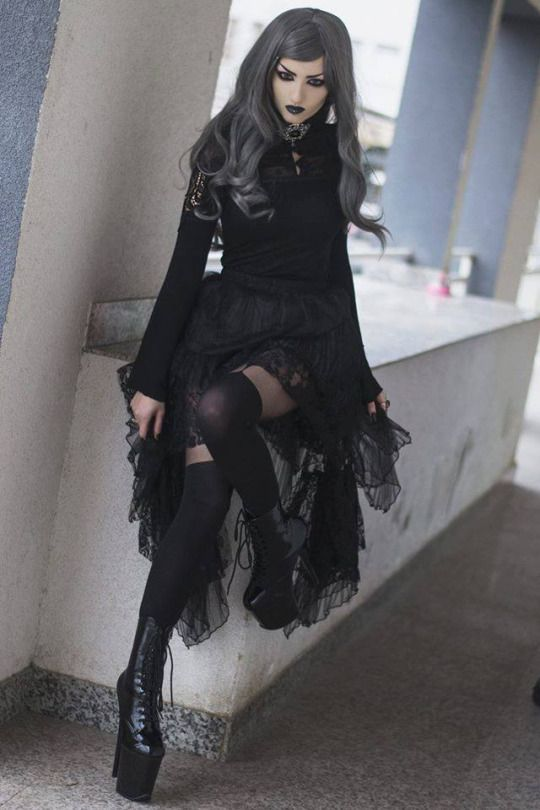 Those boots!   #LoveGothic #FaveLooks