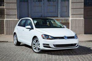 """La Volkswagen Golf élue la """"Grand Prix"""" par le Jury Automobile Canadien"""