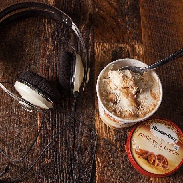 💖😉 Happy ?...🍦 Häagen-Dazs 🍨 Ice Cream & # 🎧 music # ⛲️ lazy Sunday afternoon # 🎡 playlist
