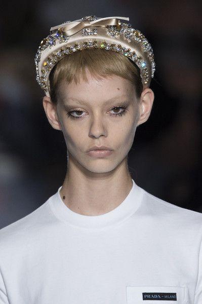 97114c56256a Prada at Milan Fashion Week Spring 2019 in 2019 | Make-up and hair ...