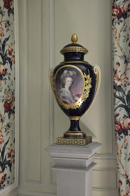 """Vaso di Maria Antonietta, """"Petit Trianon"""" - Versailles."""