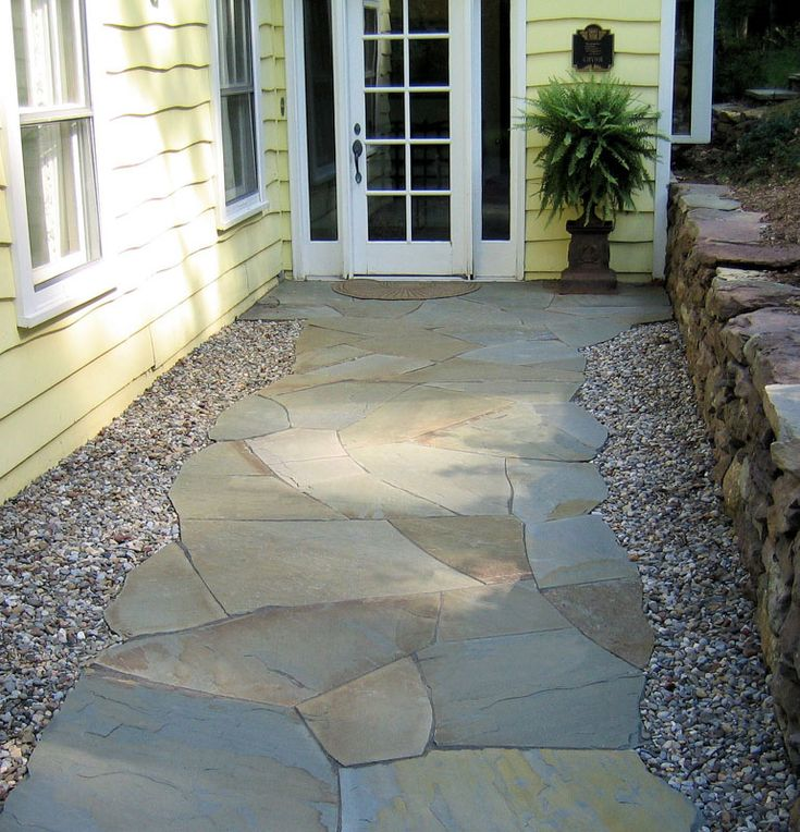 Irregular Bluestone Walkway In 2019 Bluestone Patio