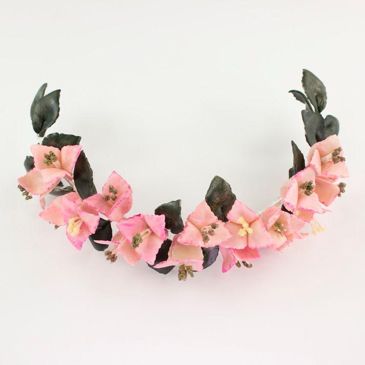 Media corona rosa con buganvillas de OLGAALOR en Etsy