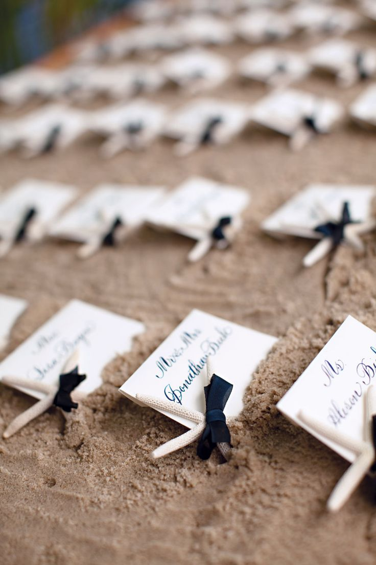 Real Starfish Make The Perfect Place Card Holders Photo By KT Merry Wedding