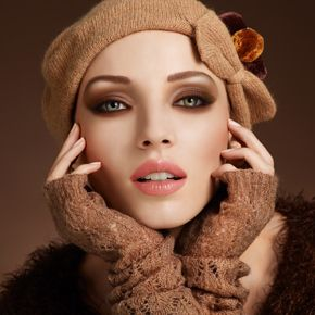 fall makeup: Eye Makeup, Soft Lips, Eye Color, Dark Eye, Forever Fall, Fall Looks, Fall Makeup, Makeup Looks, Smokey Eye
