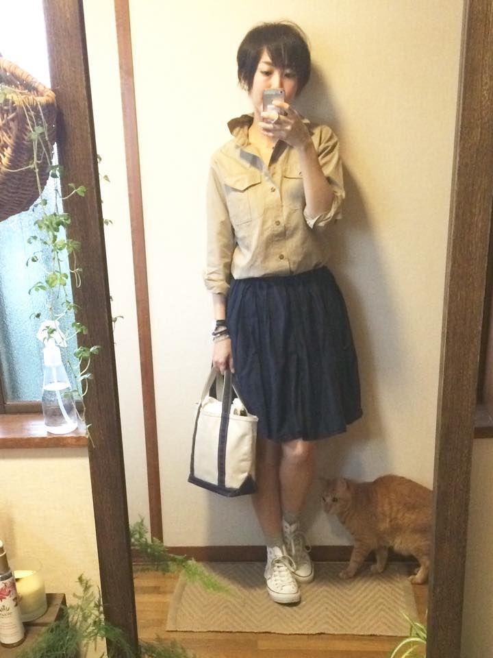 5月7日 無印ふんわりスカートにサファリシャツを合わせて
