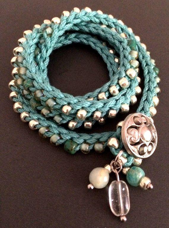 Haak wrap armband of ketting aqua zilver Silver door CoffyCrochet