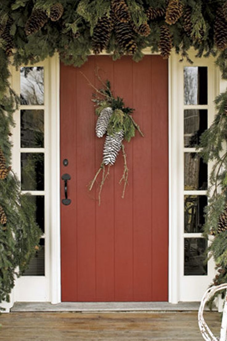 Outside christmas door decorations - 30 Classic Country Ideas For Outdoor Christmas Decorations