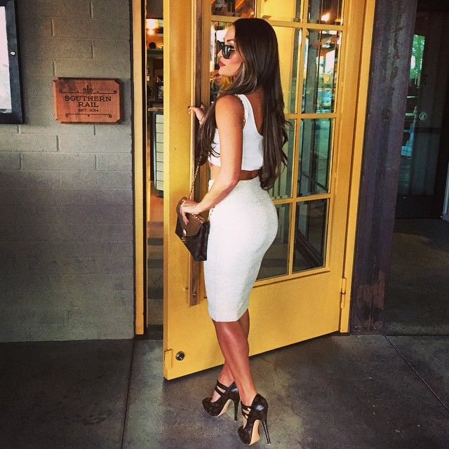 27 best brie and nikki bella heels images on pinterest Nikki bella fashion style