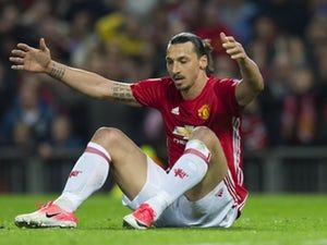 Zlatan Ibrahimovic aiming for December return after lengthy layoff