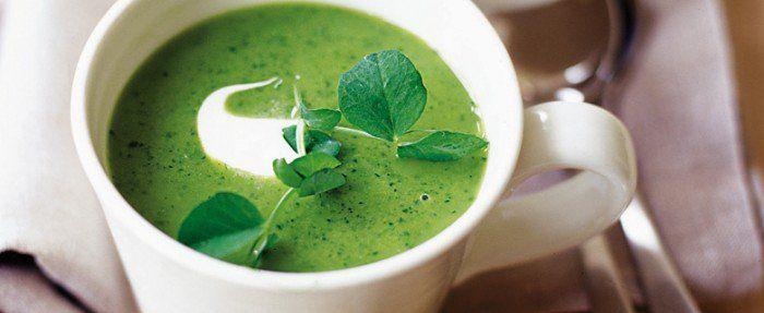 Pea lettuce soup