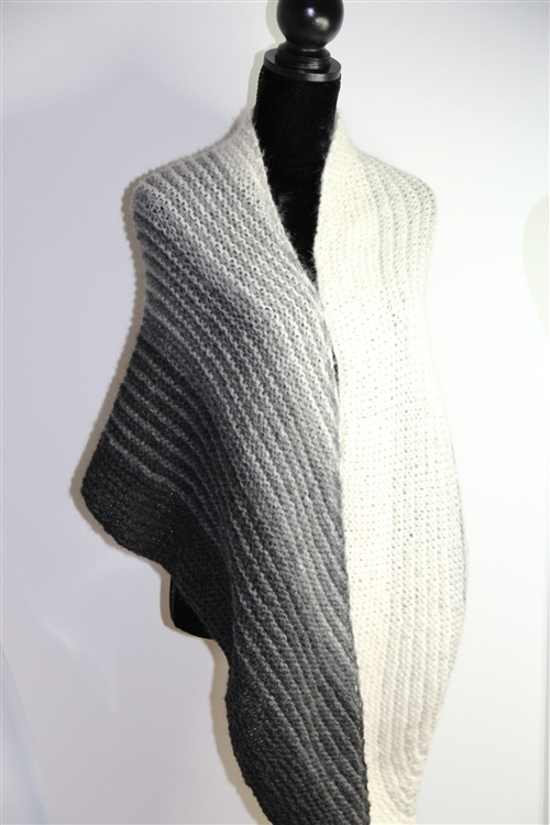 Knitting On The Bias Patterns : Rome bias shawl hpky free pattern crochet