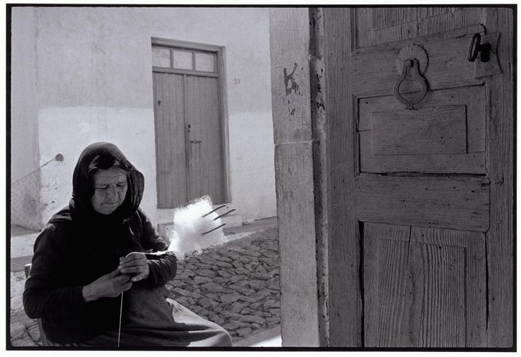 "Constantine Manos. GREECE. Crete. 1964. Woman carding wool. ""A Greek Portfolio"".  © Costa Manos/Magnum Photos"
