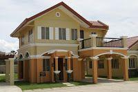 modelo de casa de dos pisos con diseño con columnas