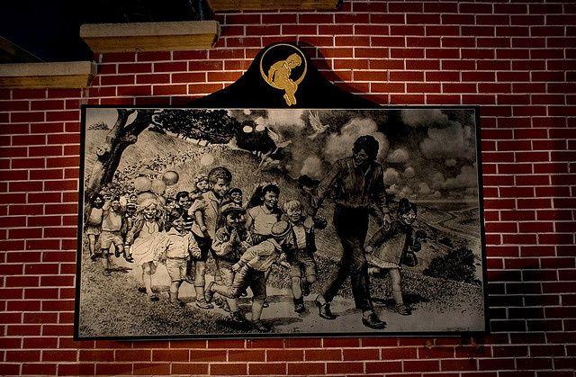 On a réussi à entrer dans Neverland, le ranch-parc d'attraction de Michael Jackson | VICE France