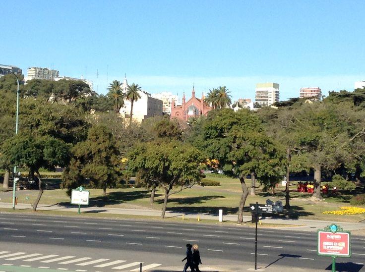 Vista desde la escalinata de la facultad de derecho.