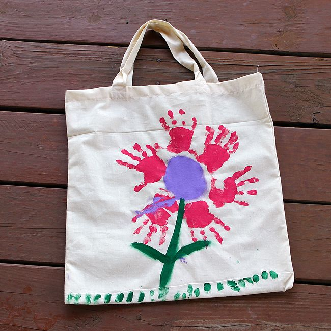 Handprint Flower Bag - A great homemade Mother's Day Gift