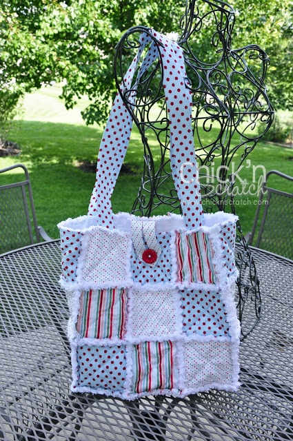 Chick n Scratch: Candy Cane Christmas Rag Quilt Purse