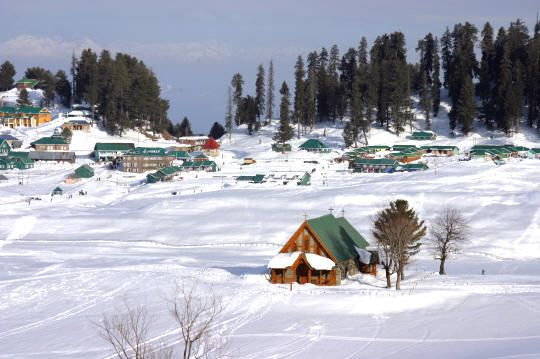 Look the real beauty of #jammukashmir in winter and choose your for #jammu #kashmir #TourPackages.
