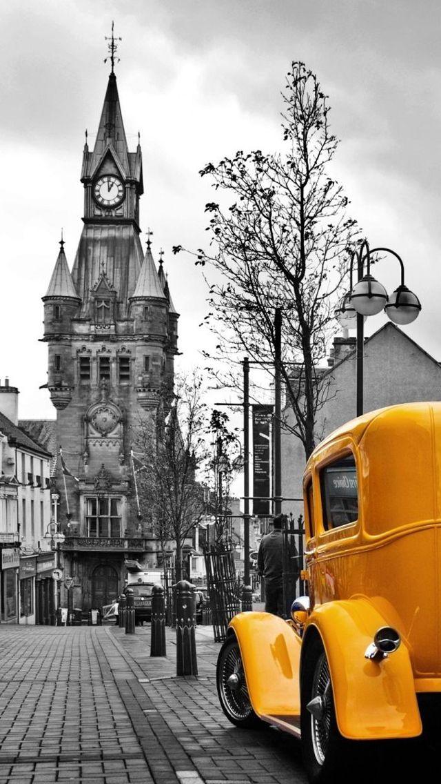 Gelbes altes Auto