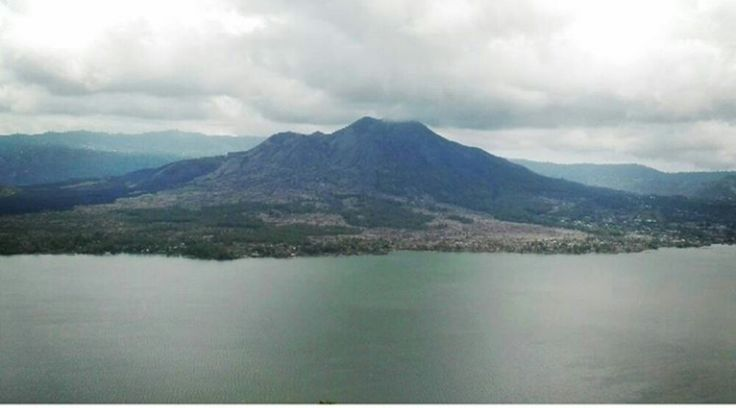 Kintamani is one of the popular places that you must visit if you're on the island of Bali, Indonesia. Support by Mount Batur was famous for its beautiful sunrise from the peak (mt Batur Sunrise T...