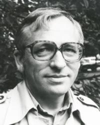 Ivan Laučík - Slovenskí spisovatelia - Literárne informačné centrum