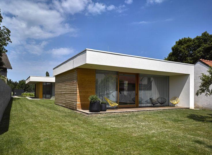 Tvar pozemku výrazně ovlivnil půdorys domu.
