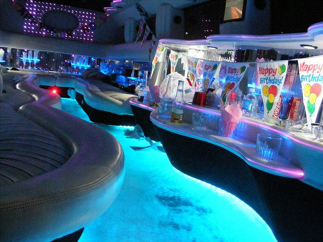 Hummer Limo with Pool | Limos With Pools Inside Limos with pools